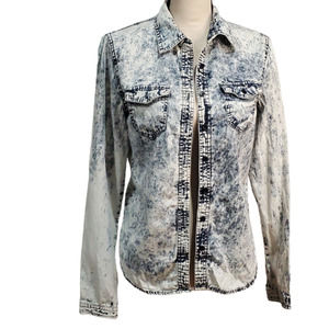 Charlotte Russe Acid Wash Chambray Button Up Top S